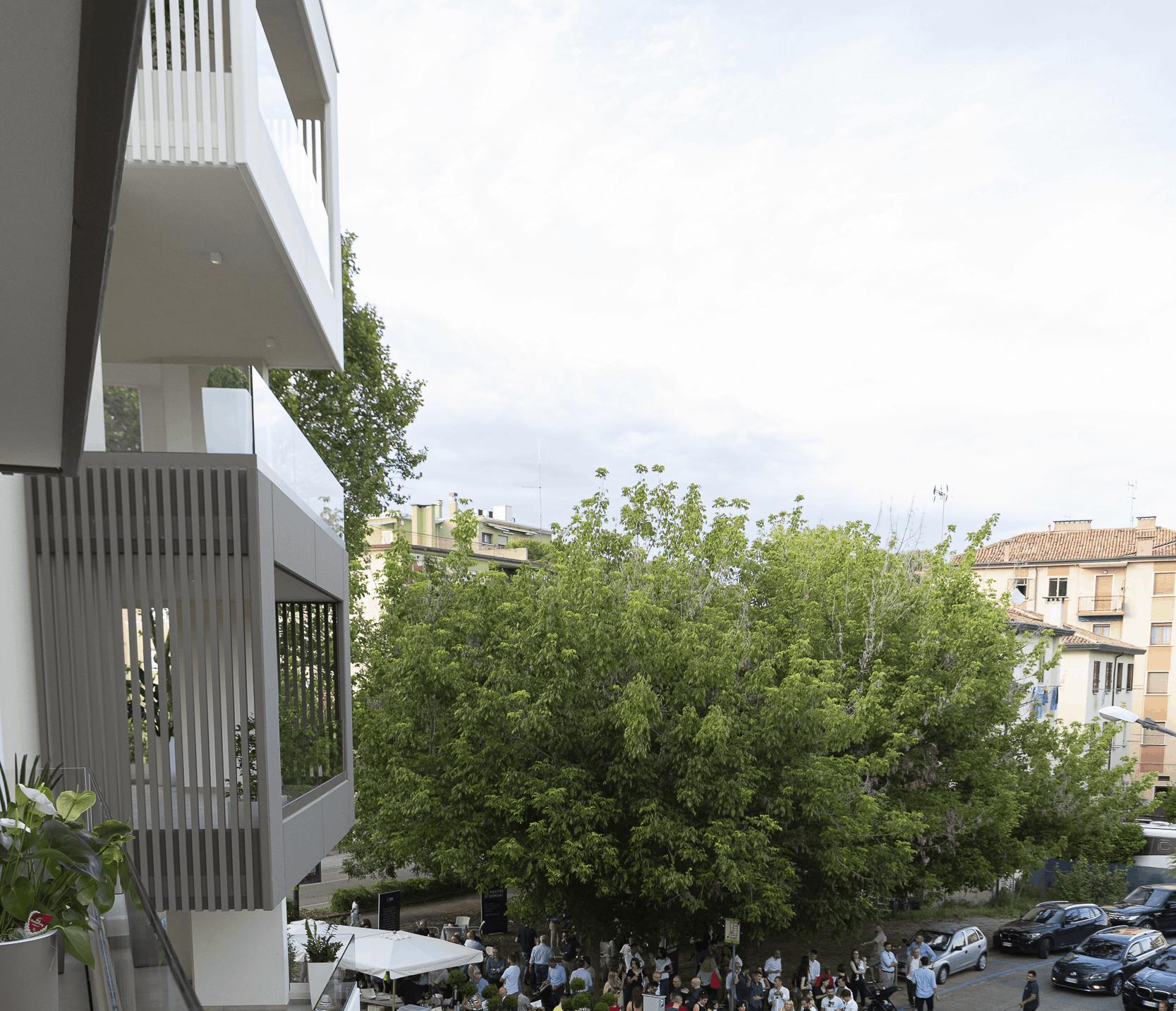 Da ville a condomini piano di 25 milioni «Alberi e tetti verdi»